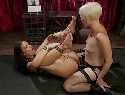 Syren de Mer Gives Up Every Hole to Helena Locke