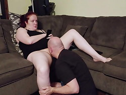 Honeypot Eating Session, with Ignoring Hairy Redhead PT1