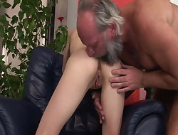 She wants stepfather&#039,s hard cock
